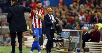 Yannick Carrasco sufre una lesión en la clavícula derecha