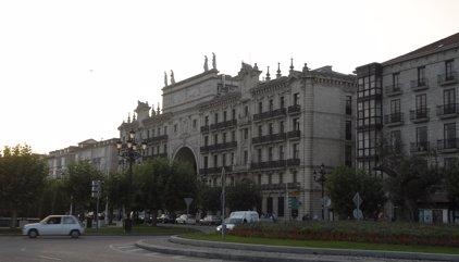 El Santander guanya 1.867 milions fins al març, un 14% més