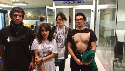 Denuncian una agresión a un grupo de estudiantes durante la visita de los Reyes a la Universidad de La Laguna