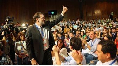 Rajoy dona suport a Catalá i Zoido i està disposat a anar a la comissió sobre finançament del PP (TWITTER MARIANO RAJOY )