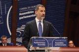 El Rey presenta a España en el Consejo de Europa como un país plural que respeta la identidad de cada territorio