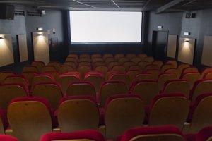 Unidos Podemos pide al Gobierno medidas para fomentar el acceso igualitario al cine