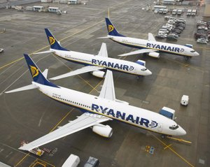 Las 'low cost' transportan 16,12 millones de pasajeros hasta mayo, un 15,6% más
