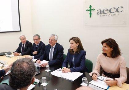 La AECC alcanza los 300.000 socios en toda España