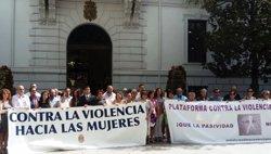 Granada recuerda con concentraciones silenciosas a la mujer asesinada a manos de su marido en Huéscar
