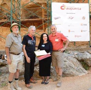 La Fundación Atapuerca nombra embajadora a la cantante Olvido Gara (Alaska)