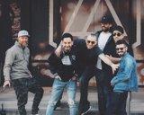Hallan muerto aChester Bennington, líder de Linkin Park