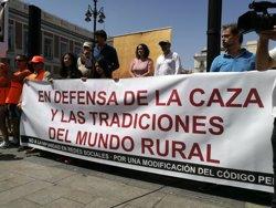 El sector cinegético pide al Gobierno reformar el Código Penal ante el acoso en Internet tras los insultos a Mel Capitán