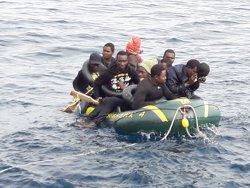 El CJE pide al Gobierno que vele por la seguridad de los voluntarios españoles que salvan vidas en las costas