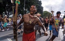 Los pueblos indígenas de Brasil corren el riesgo de no poder volver a vivir en sus tierras