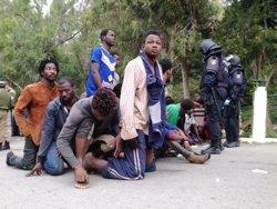ONG aseguran que no hay que reforzar la valla de Ceuta y Melilla sino permitir a los inmigrantes solicitar asilo