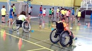 Organizaciones de discapacidad denuncian el retraso de la convocatoria de subvenciones estatales con cargo al 0,7%
