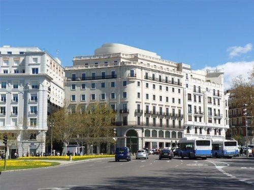 Abante cambia su sede al edificio de mapfre en la plaza de - Aguirre newman arquitectura ...
