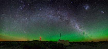 Un estudio confirma que los rayos cósmicos que llegan a la Tierra provienen de fuera de la Vía Láctea