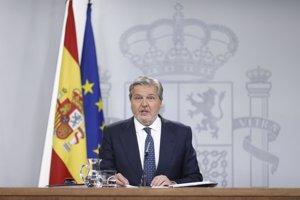 Méndez de Vigo confirma la bajada del IVA al cine: