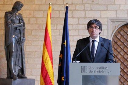 El abogado de Puigdemont dice que el expresidente no siguió adelante con la independencia para no causar