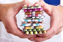 Internistas piden mejorar la conciliación terapéutica de mayores y crónicos, que toman de media 5-6 fármacos diarios