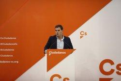 Rivera reprocha a Puigdemont que ataque a Europa
