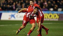 Diego Costa termina con molestias en la rodilla su debut con el Atlético en Lleida