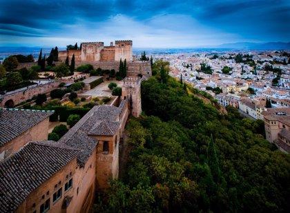 La Alhambra bate récord de visitas con 2,7 millones y se sitúa