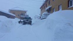 La nieve y el hielo afectan a 70 carreteras de la red secundaria, 30 de ellas cerradas