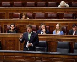 La oposición critica la ley del PP para reformar el Registro Civil y sólo ve