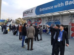 (Ampl.) El Mobile cierra con más de 107.000 asistentes y volverá a Barcelona en 2019