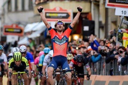 Nibali se exhibe en la Milán-San Remo y conquista su segundo 'Monumento'