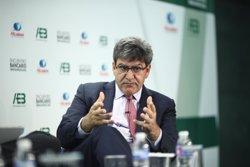 Álvarez (Santander) cree que el sector financiero