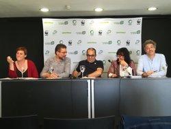 Ecologistas piden a Sánchez que prohíba el 'fracking' y elimine el impuesto al sol en sus primeros 100 días de Gobierno