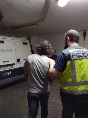 Detienen en Palma a un fugitivo buscado en Armenia por un delito de asesinato
