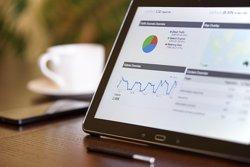 Micro Focus gana 529 millones en su primer semestre fiscal, ocho veces más