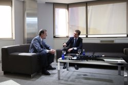 Casado informó a Rajoy de la Ejecutiva en Barcelona y de un acto electoral el sábado con Moreno en Andalucía