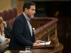 Unidos Podemos quiere que Teresa Ribera explique en el Congreso su postura en la cumbre de interconexiones energéticas