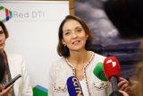 Reyes Maroto afirma que el Gobierno exigirá a Alcoa mantener las plantas de A Coruña y Avilés