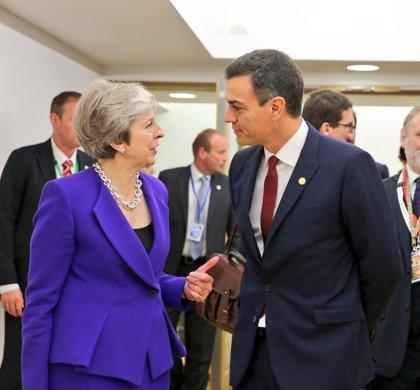 El Gobierno ve razonable lo conseguido sobre Gibraltar y sigue negociando sobre fiscalidad y precio del tabaco