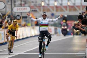 Valverde logra el triunfo en el Critérium de Saitama