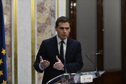 Ciudadanos pregunta en el Congreso por el análisis de coincidencias en la tesis doctoral de Sánchez