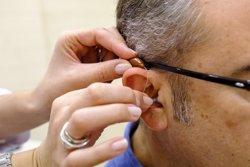 La venta de audífonos en España ha crecido un 5% y se han vendido más de 200.000 unidades en 2018