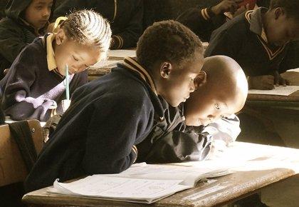 España destina 9,3 millones de euros para mejorar el acceso a Internet en escuelas de Benín