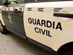 Detenidos por amenazar a 2 menores a punta de navaja y obligar a su madre a sacar dinero del banco