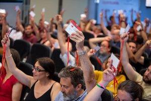 IU abordará este viernes el nuevo escenario tras el paso de Errejón y constatar que el preacuerdo con Podemos no saldrá