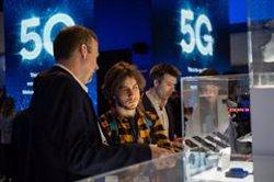 Los usuarios de smartphones están dispuestos a pagar un 20% más por servicios 5G, según Ericsson