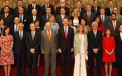 Los Reyes Felipe y Juan Carlos presiden la reunión del patronato de la Fundación Cotec