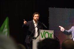 Intentan boicotear un acto de Vox con jóvenes en Madrid al grito de 'Fuera fascistas de nuestros barrios'