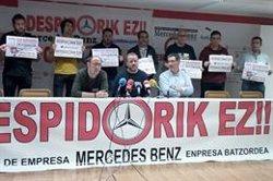 Sindicatos de Mercedes-Benz Vitoria temen nuevos recortes
