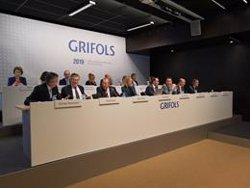 (AMP) Grifols prevé destinar 1.400 millones en inversiones productivas hasta 2022
