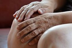 Las enfermedades reumáticas causan el 50% de las discapacidades permanentes, según un experto