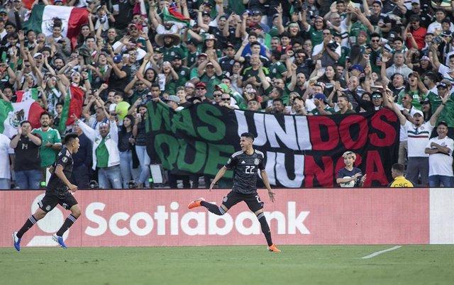 Resultado de imagen para fotos México golea 7-0 a Cuba, en Copa Oro