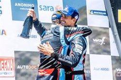 Dani Sordo celebra su segunda victoria en el Rally de Italia-Cerdeña